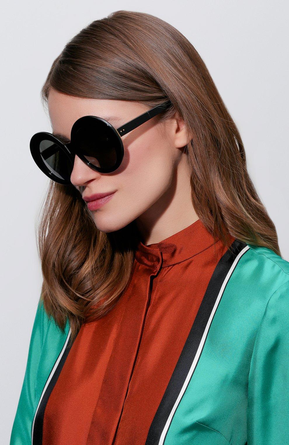 Женские солнцезащитные очки LINDA FARROW черного цвета, арт. LFL468C1 SUN | Фото 2