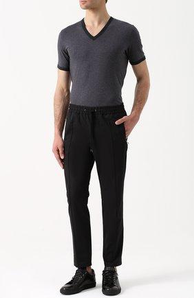 Хлопковая футболка с V-образным вырезом Dolce & Gabbana серая | Фото №2