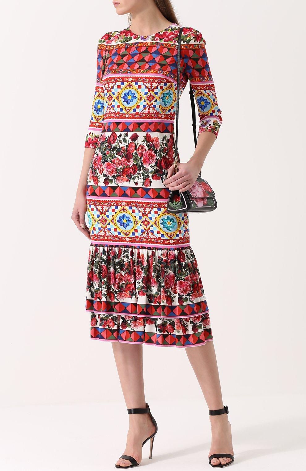 Платье с ярким принтом и укороченным рукавом Dolce & Gabbana разноцветное   Фото №2