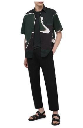 Мужская хлопковая футболка DOLCE & GABBANA зеленого цвета, арт. 0101/G8HI7T/FU7EQ   Фото 2 (Длина (для топов): Стандартные; Рукава: Короткие; Материал внешний: Хлопок; Принт: Без принта; Стили: Кэжуэл)