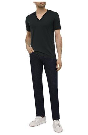 Мужская хлопковая футболка с v-образным вырезом DOLCE & GABBANA зеленого цвета, арт. 0101/G8HL7T/FU7EQ   Фото 2 (Рукава: Короткие; Материал внешний: Хлопок; Длина (для топов): Стандартные; Принт: Без принта; Стили: Кэжуэл)
