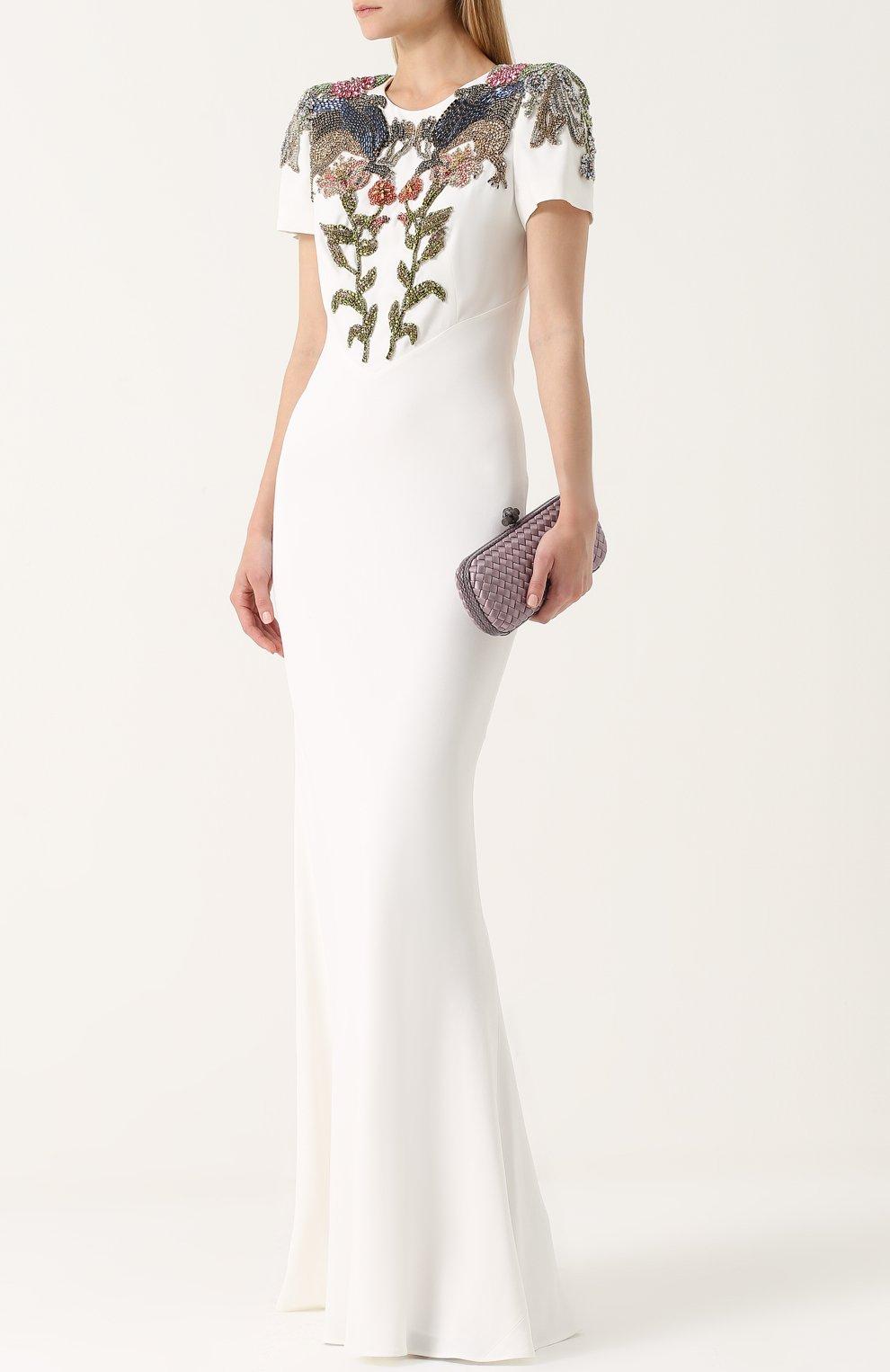 Приталенное платье с вышивкой | Фото №2