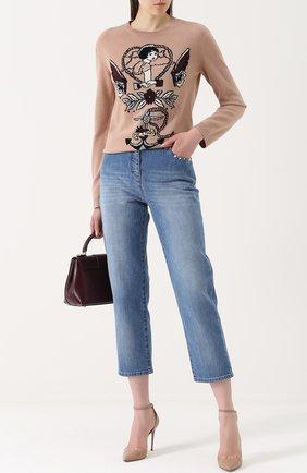 Женские укороченные джинсы с потертостями и заклепками VALENTINO голубого цвета, арт. NB3DD03G/2PY | Фото 2