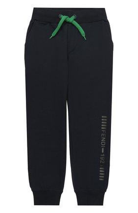 Спортивные брюки с эластичными манжетами и аппликацией | Фото №1