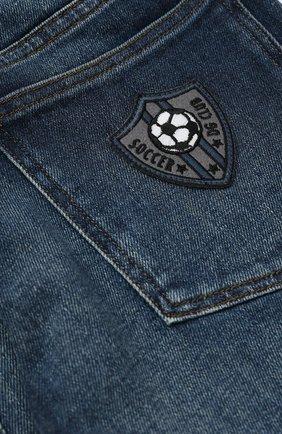 Детские джинсы прямого кроя с нашивкой Dolce & Gabbana синего цвета   Фото №3