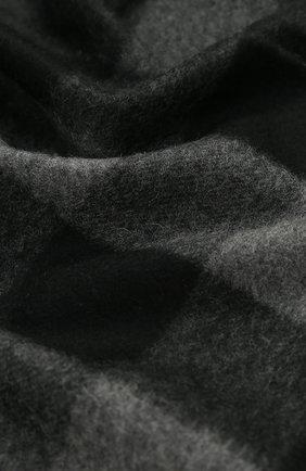 Мужской кашемировый шарф в клетку с бахромой BURBERRY темно-серого цвета, арт. 4031051 | Фото 2