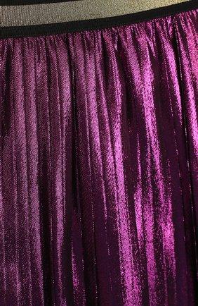 Плиссированная юбка с металлизированной отделкой и контрастным поясом | Фото №3