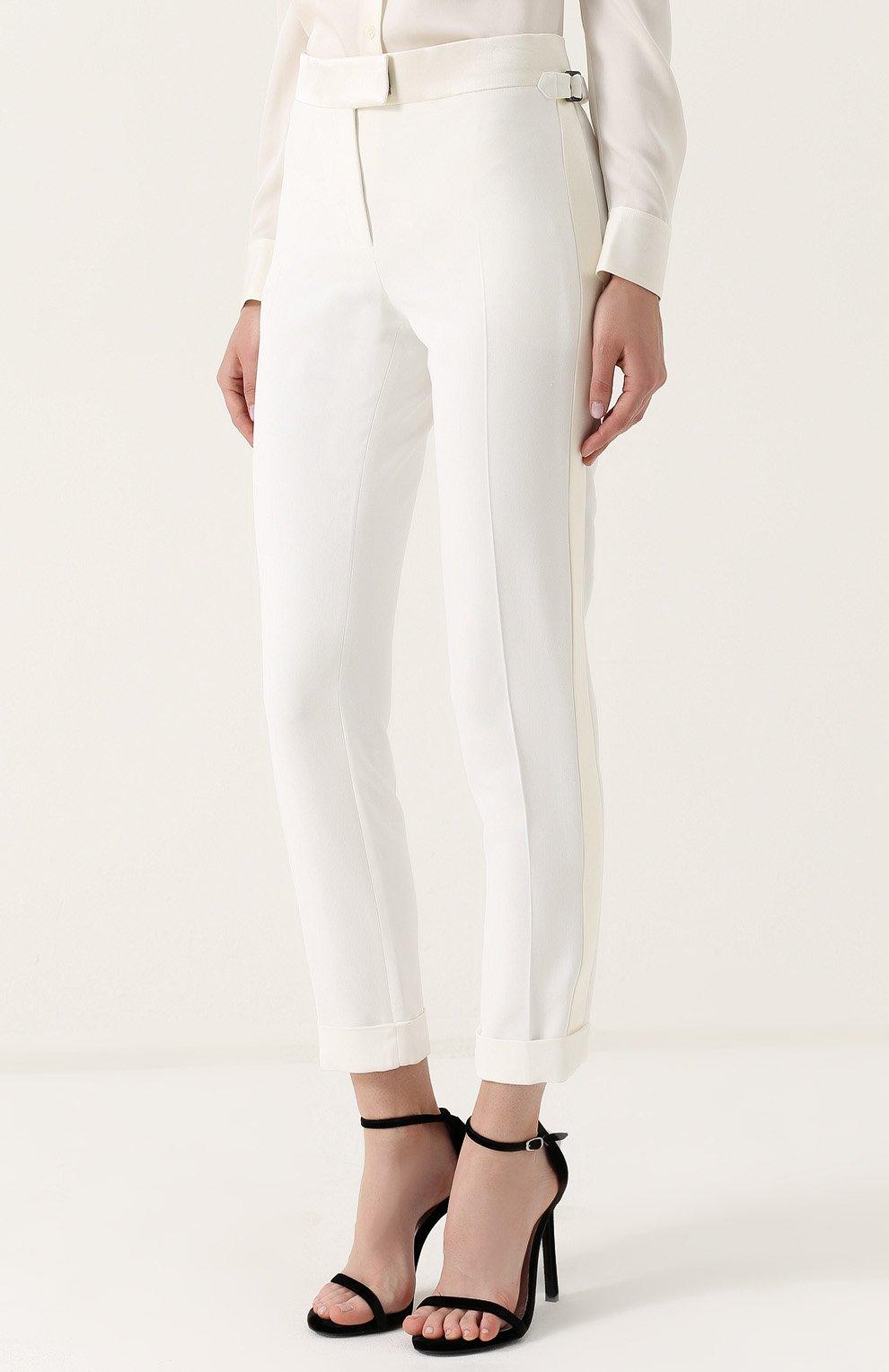 Укороченные брюки с лампасами и отворотами | Фото №3