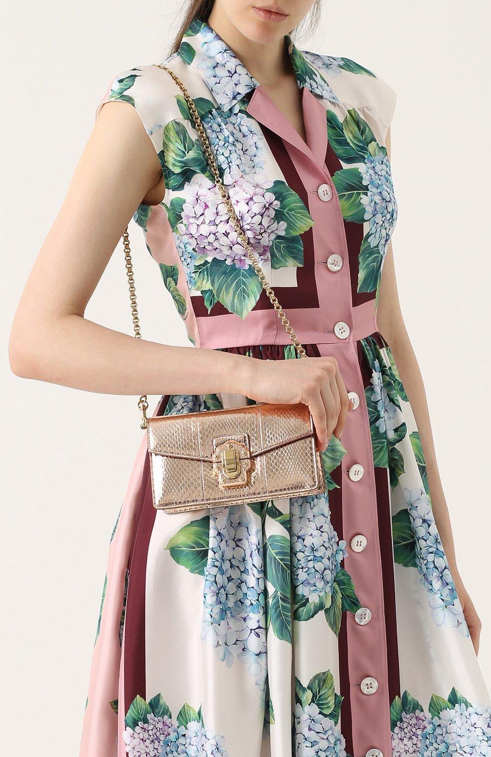b55cceb69ac2 Золотые женские клатчи и вечерние сумки Dolce & Gabbana по цене от 105 000  руб. купить в интернет-магазине ЦУМ