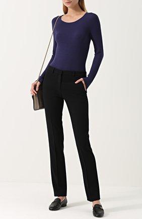 Женский облегающий пуловер с круглым вырезом GIORGIO ARMANI темно-синего цвета, арт. 6YAM31/AM05Z | Фото 2 (Длина (для топов): Стандартные; Материал внешний: Синтетический материал, Полиэстер, Вискоза; Статус проверки: Проверена категория, Проверено; Рукава от горловины: Длинные; Рукава: Длинные; Женское Кросс-КТ: Пуловер-одежда)