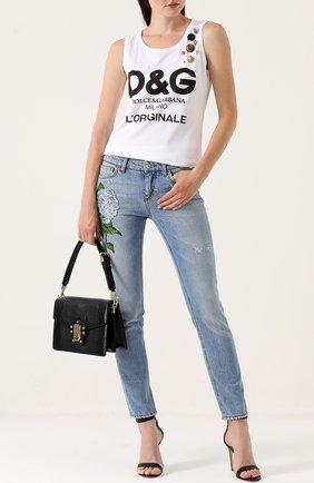 Джинсы с потертостями и вышивкой Dolce & Gabbana голубые   Фото №2