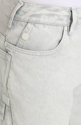 Зауженные джинсы с декоративной отделкой | Фото №5