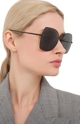 Женские солнцезащитные очки LINDA FARROW черного цвета, арт. LFL590C7 SUN   Фото 2