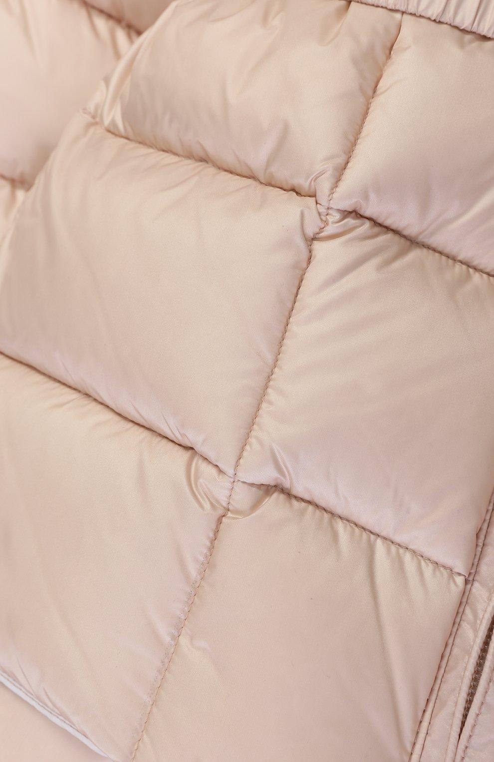 Детского пуховый комплект из комбинезона и куртки с меховой отделкой MONCLER ENFANT светло-розового цвета, арт. C2-951-70336-25-53048 | Фото 5