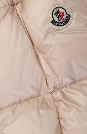 Детского пуховый комплект из комбинезона и куртки с меховой отделкой MONCLER ENFANT светло-розового цвета, арт. C2-951-70336-25-53048 | Фото 6