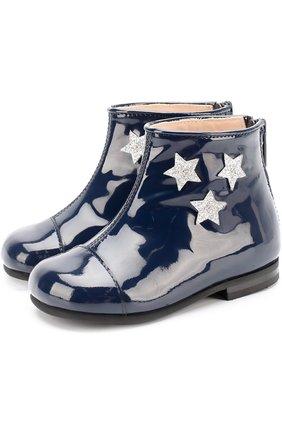 Ботинки из лаковой кожи с аппликациями в виде звезд | Фото №1