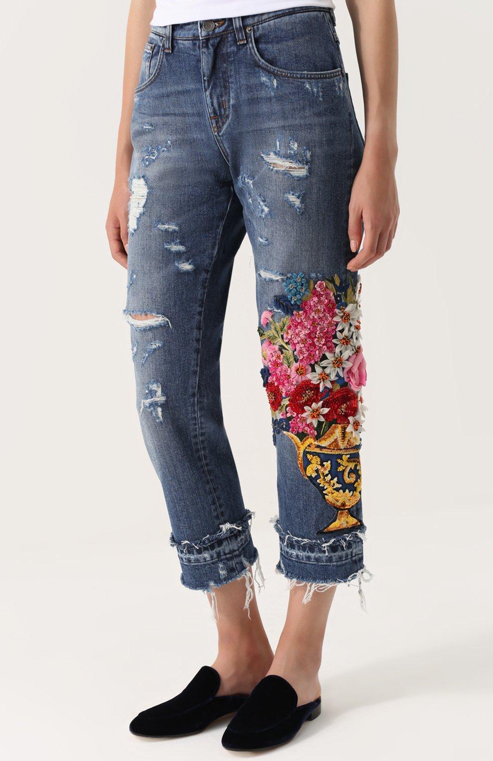 Укороченные джинсы с потертостями и декоративной отделкой Dolce & Gabbana синие | Фото №3
