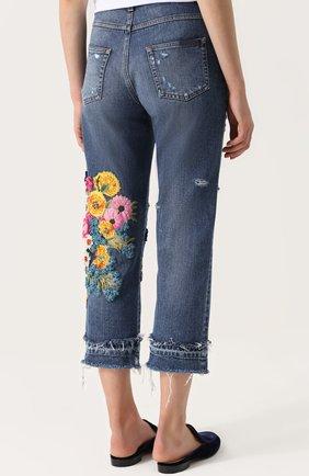 Укороченные джинсы с потертостями и декоративной отделкой Dolce & Gabbana синие | Фото №4