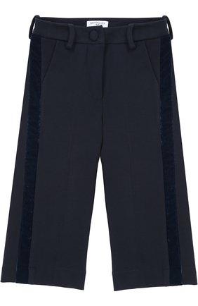 Укороченные брюки прямого кроя с лампасами | Фото №1