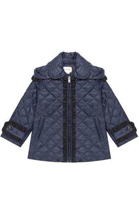 Детского укороченное стеганое пальто с оборками и капюшоном GUCCI синего цвета, арт. 434272/XB030 | Фото 1