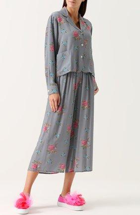 Женская шелковая блуза в пижамном стиле с цветочным принтом Natasha Zinko, цвет серый, арт. PF8206 в ЦУМ   Фото №1