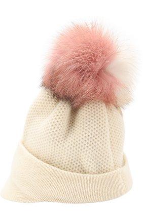 Вязаная шапка с козырьком и меховым помпоном Inverni белого цвета   Фото №1