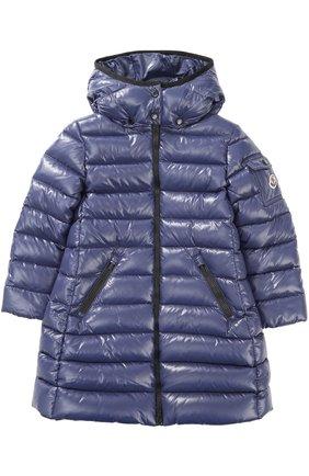 Пуховое пальто с контрастной отделкой и капюшоном | Фото №1