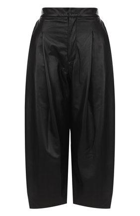 Кожаные укороченные брюки с защипами | Фото №1