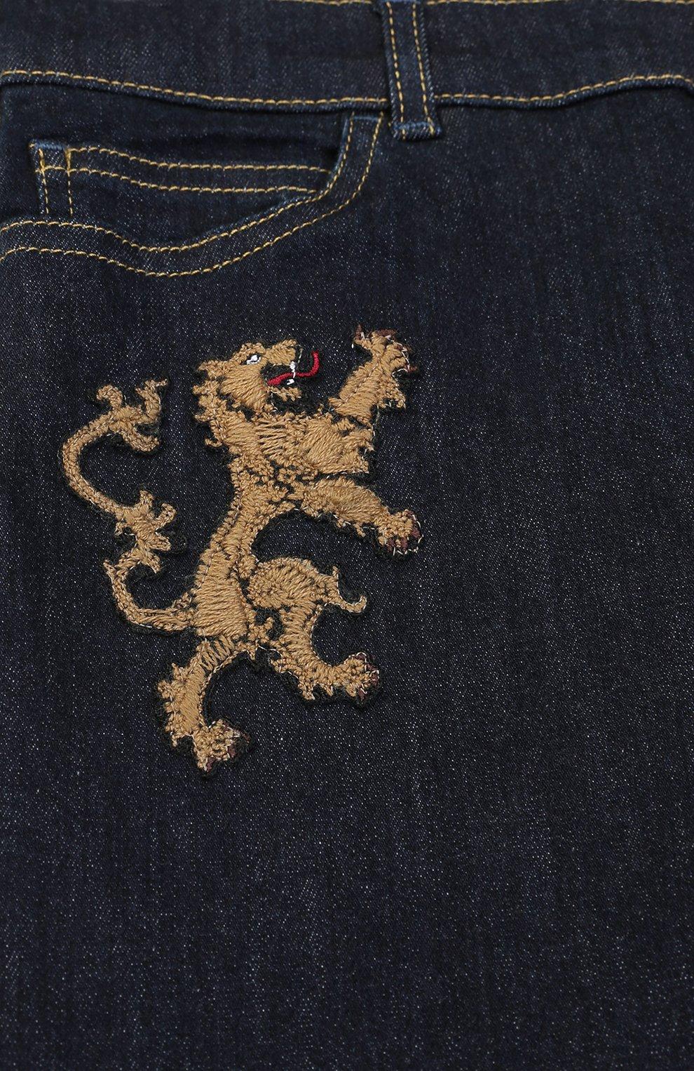 Детские джинсы прямого кроя с нашивками Dolce & Gabbana темно-синего цвета   Фото №3