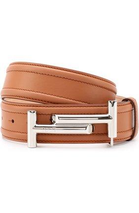 Кожаный ремень с металлической пряжкой и логотипом бренда | Фото №1
