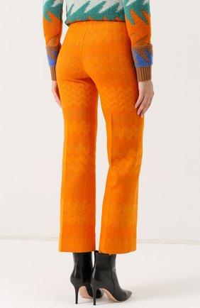 Укороченные расклешенные брюки | Фото №4
