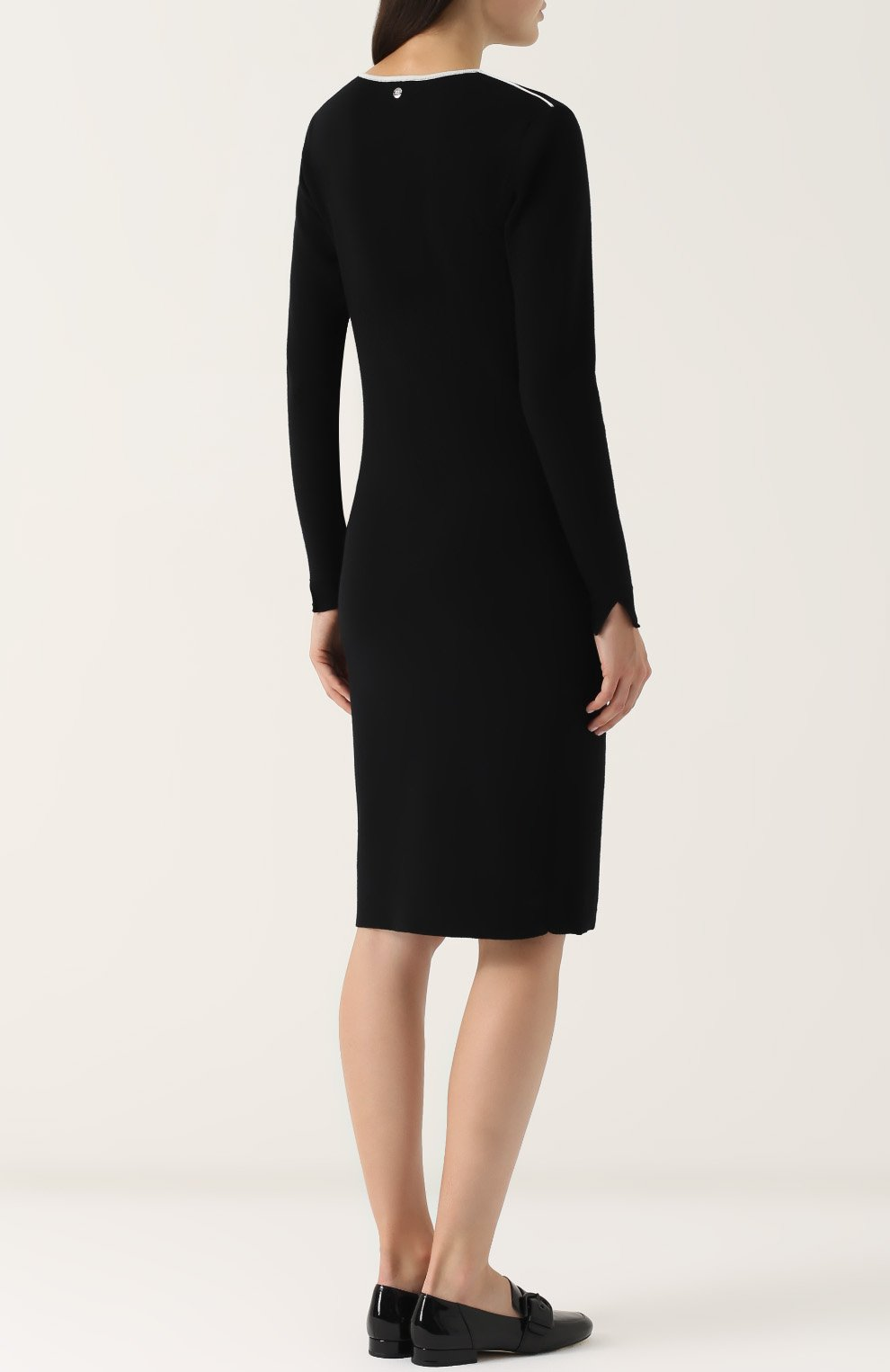 53ada34954a Шерстяное платье с длинным рукавом и V-образным вырезом Escada Sport черное