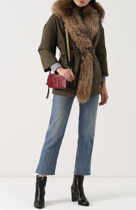 Хлопковое пальто с поясом и меховой отделкой капюшона Ava Adore хаки цвета | Фото №1