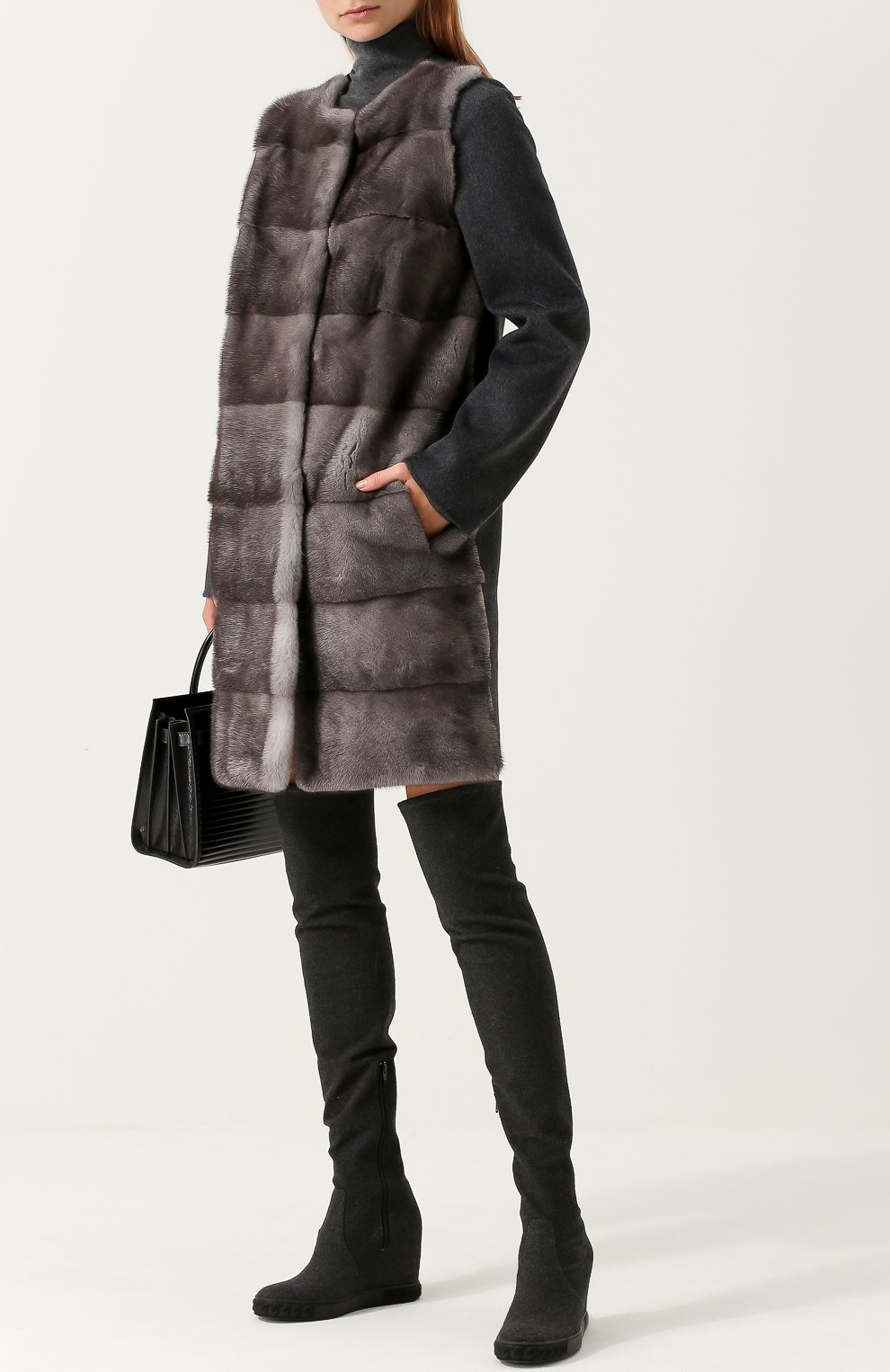 Пальто из смеси шерсти и кашемира с отделкой из меха норки Yves Salomon  серого цвета  ac57d23730bcf