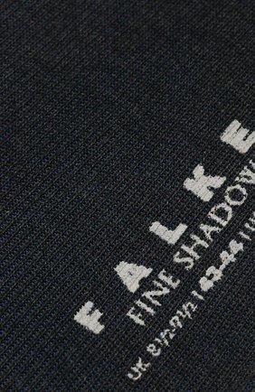 Мужские хлопковые носки fine shadow FALKE темно-серого цвета, арт. 13141 | Фото 2