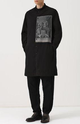 Удлиненная хлопковая рубашка с принтом Ziggy Chen черная | Фото №1