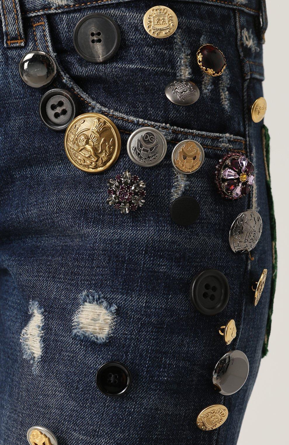 Джинсы с потертостями и декоративной отделкой Dolce & Gabbana синие | Фото №5