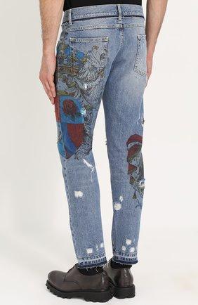 Джинсы прямого кроя с принтом и потертостями Dolce & Gabbana голубые   Фото №4