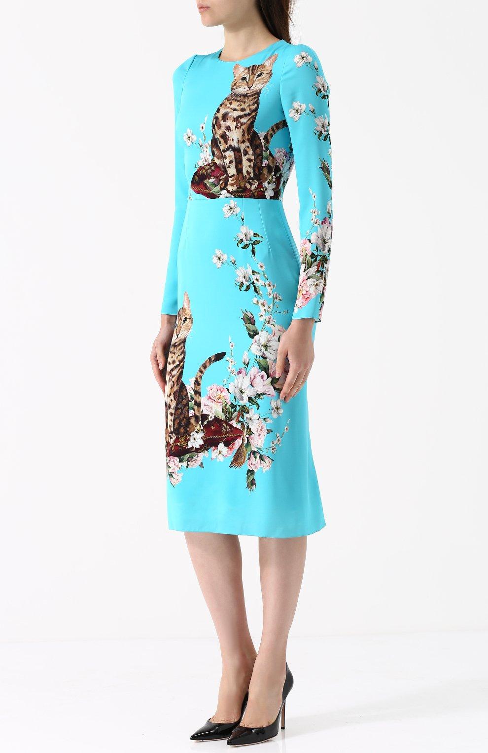 Приталенное платье-миди с принтом Dolce & Gabbana голубое   Фото №3