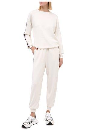 Женский шелковый костюм с джоггерами и пуловером OLIVIA VON HALLE бежевого цвета, арт. SC0002 | Фото 1