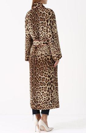 Шелковое пальто с леопардовым принтом и поясом Dolce & Gabbana леопардового цвета   Фото №4