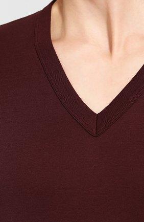 Хлопковая футболка с V-образным вырезом Dolce & Gabbana бордовая   Фото №5