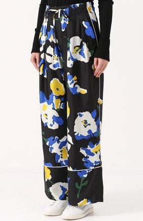 Шелковые брюки в пижамном стиле с цветочным принтом Études разноцветные | Фото №3