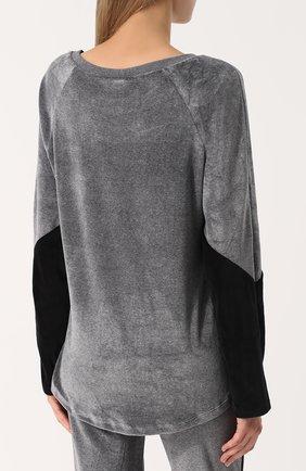 Бархатный пуловер с круглым вырезом | Фото №4