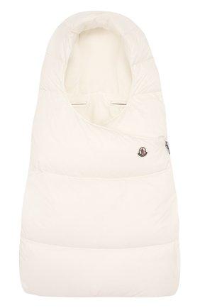 Детский пуховый конверт с логотипом бренда MONCLER ENFANT белого цвета, арт. C2-951-00828-05-53079 | Фото 1