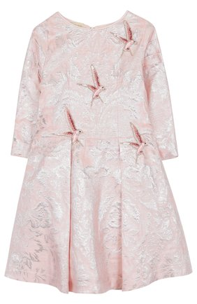 Детское приталенное платье с защипами и декоративной вышивкой Quis Quis розового цвета | Фото №1