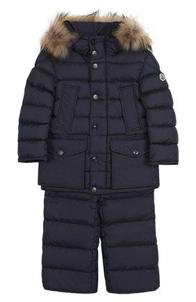 Детского комплект из пуховой куртки с капюшоном и брюк на подтяжках MONCLER ENFANT темно-синего цвета, арт. C2-954-70339-25-68352/4-6A | Фото 1