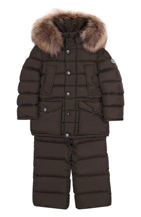 Детского комплект из пуховой куртки с капюшоном и брюк на подтяжках MONCLER ENFANT хаки цвета, арт. C2-954-70339-25-68352/4-6A | Фото 1