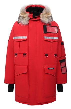 Мужская утепленная парка resolute с меховой отделкой капюшона CANADA GOOSE красного цвета, арт. 8501M | Фото 1 (Материал внешний: Синтетический материал; Рукава: Длинные; Материал подклада: Синтетический материал; Материал утеплителя: Пух и перо; Длина (верхняя одежда): До середины бедра; Кросс-КТ: Куртка; Мужское Кросс-КТ: пуховик-короткий)