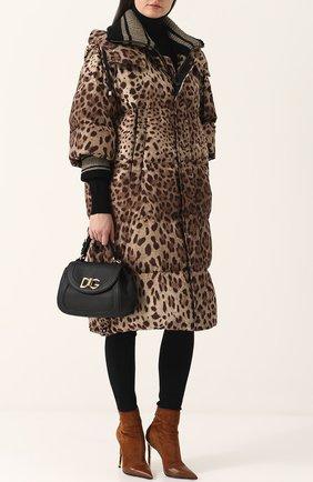 Женский удлиненный стеганый пуховик с леопардовым принтом DOLCE & GABBANA коричневого цвета, арт. 0102/F9A42T/FSM7M | Фото 2